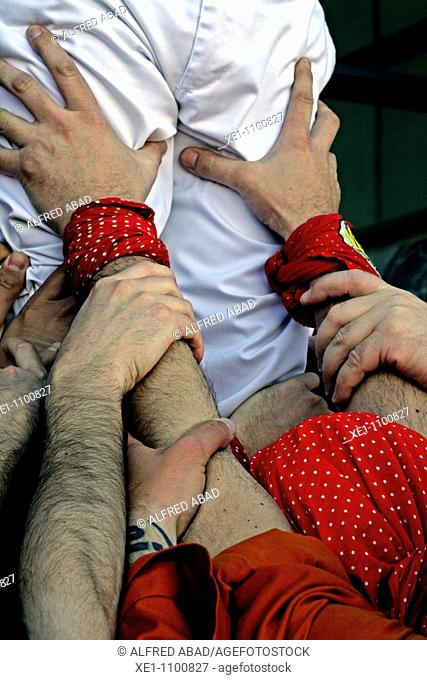 Castellers, hands