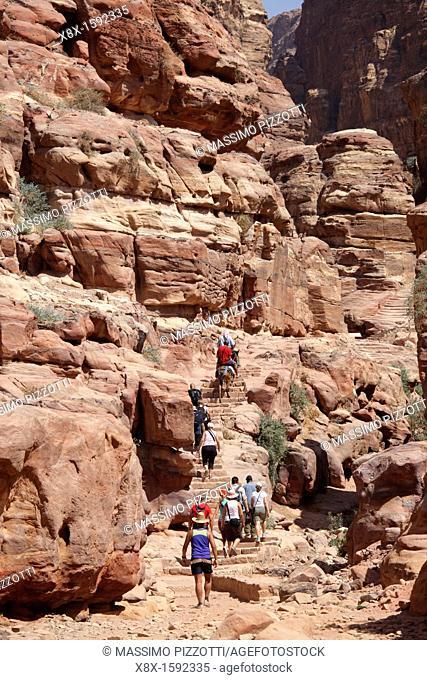 Tourists climbing to El Deir or Monastery, Petra, Jordan