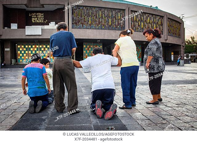 pilgrims, Basilica de Nuestra Senora de Guadalupe, Our Lady of Guadalupe, Mexico City, Mexico