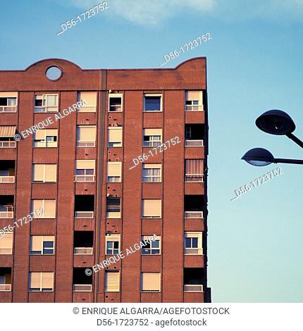 Building, Corts Valencianes avenue, Valencia, Spain