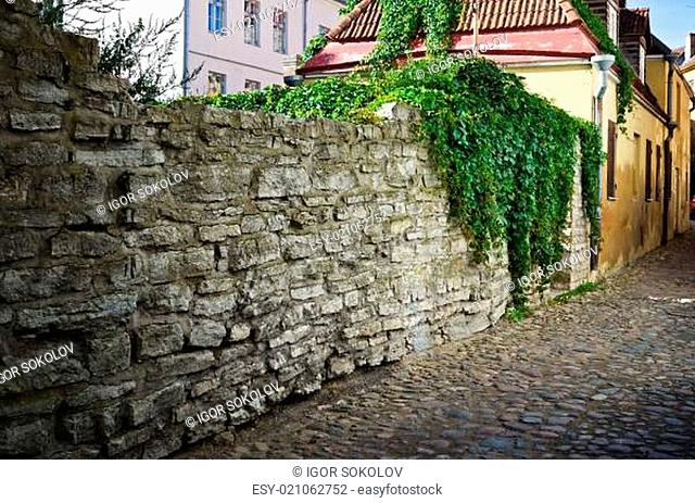 Narrow street in the old town of Tallinn