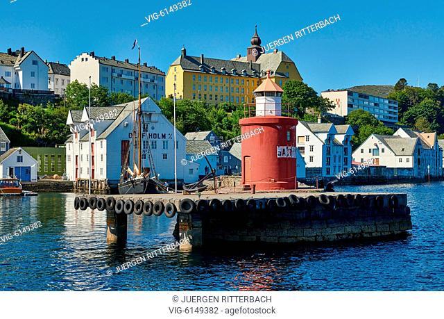 NORWAY, ÅLESUND, 30.06.2018, lighthouse at entrance of old harbor, Ålesund, Norway, Europe - Ålesund, Møre og Romsdal, Norway, 30/06/2018