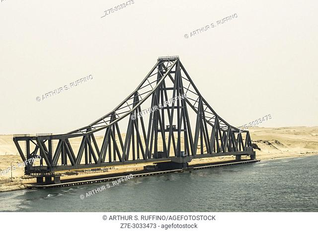 El-Ferdan Railway Bridge (Al-Ferdan Swing Bridge), world's longest swing bridge, Suez Canal, Ismailia, Egypt, Africa