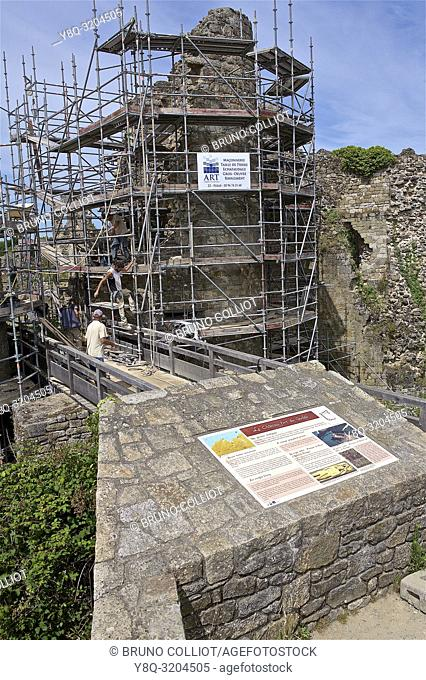 restoration of the ruins of the castle of Gilles de Bretagne, the Guildo, cote d'armor, brittany, france