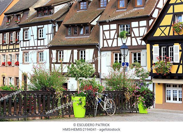 France, Haut Rhin, route des Vins d'Alsace, Colmar, facades of half timbered houses in La Petite Venise district