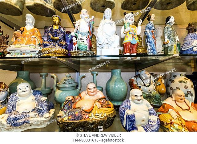China, Hong Kong, Central, Hollywood Road, Lascar Row aka Cat Street, Antique Shop Display of Chinese Vases and Figurines