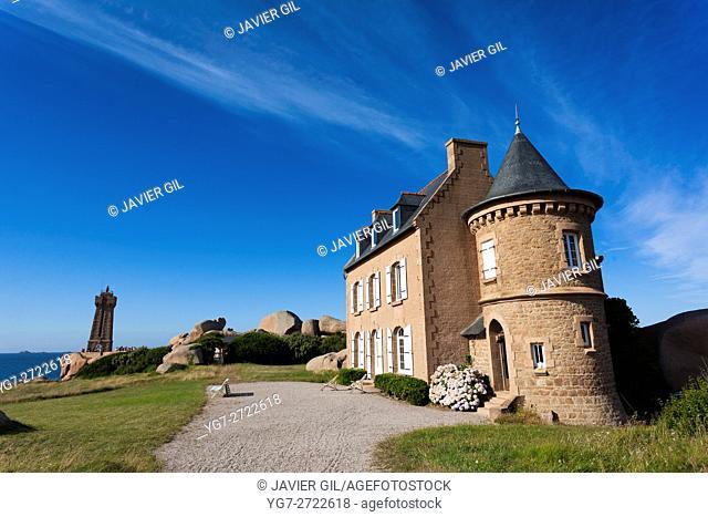 Lighthouse at Cote de Granit Rose, Ploumanach, Brittany, France