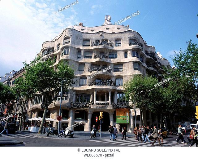 Milà House, La Pedrera (Gaudí, 1906-1912). Barcelona. Spain