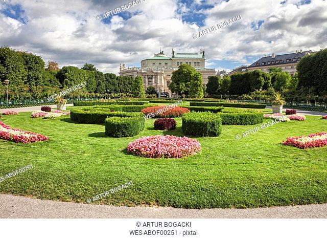 Austria, Vienna, view to Burgtheater with Volksgarten in the foreground