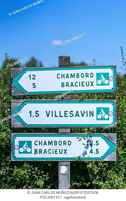 Bicycle tour and route signs, Loir-et-Cher Department, The Loire Valley, France, Europe