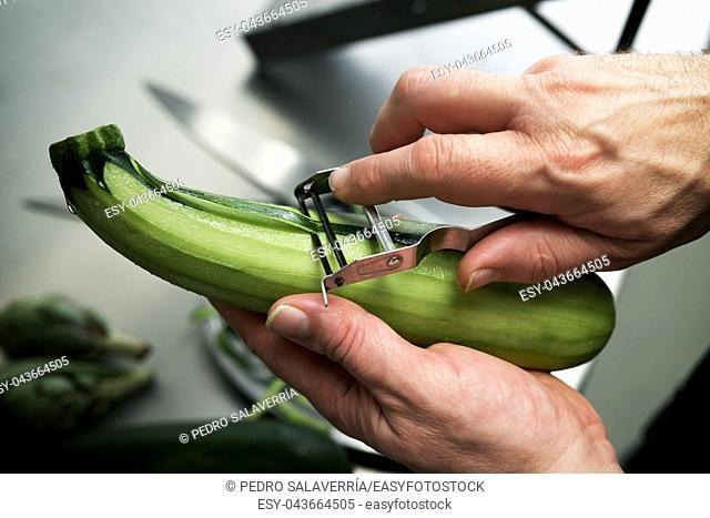 Preparation of vegetables in a restaurant