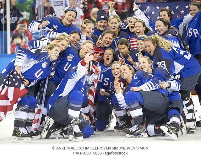 die Spielerinnen der USA jubeln after dem Sieg, jubilationtraube, .jubilation, jubelt, Freude, Begeisterung, Emotion, jubeln, cheers, .1