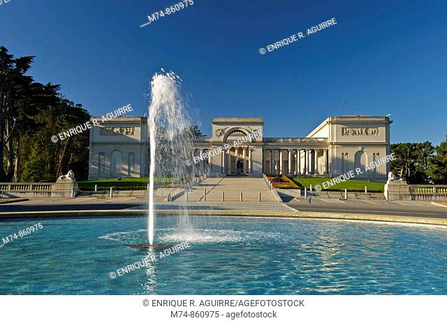 California Palace of the Legion of Honor, San Francisco, California, USA
