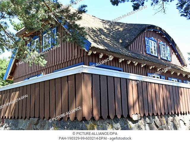 07 July 2018, Lithuania, Nidden: The Thomas Mann Cultural Centre in Nidden on the Curonian Spit in Lithuania. Since 1996 a Lithuanian-German cultural centre has...