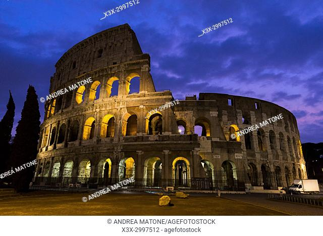 Roman Colosseum at night. Rome, Italy