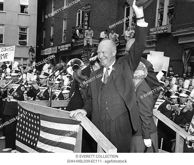 President Eisenhower is welcomed back to Gettysburg on Nov. 14, 1955. He would continue his recuperation from his Sept. 24