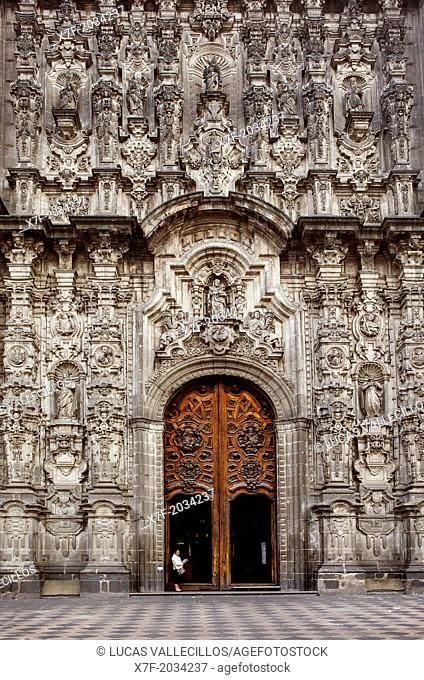 Facade of Sagrario church, in Metropolitan Cathedral, in Plaza de la Constitución, El Zocola, Zocola Square, Mexico City, Mexico
