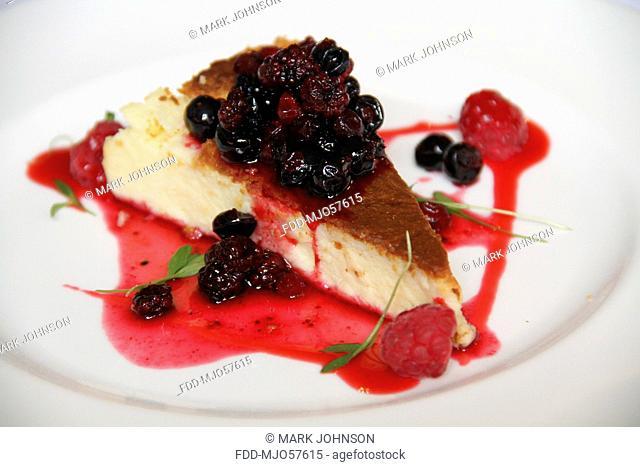 Vanilla Cheesecake With Berries And Basil