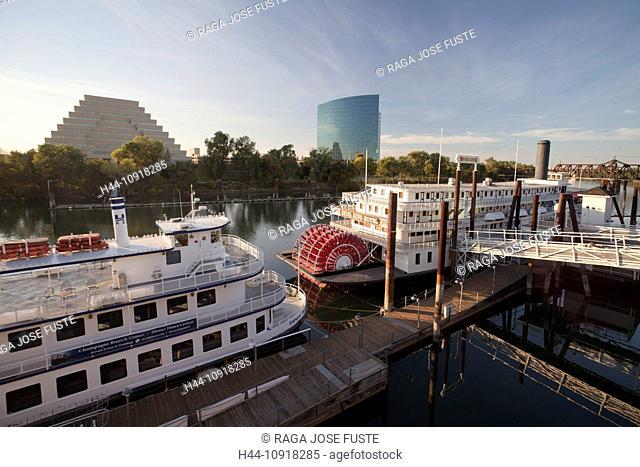 USA, United States, America, California, Sacramento, City, river, waterfront, Ziggurat, building, boat, boats, quite, river, riverfront, skyline