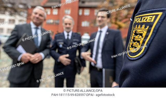 15 November 2018, Baden-Wuerttemberg, Freiburg: Thomas Strobl (CDU), Minister of the Interior of Baden-Württemberg, Police President Bernhard Rotzinger and Lord...