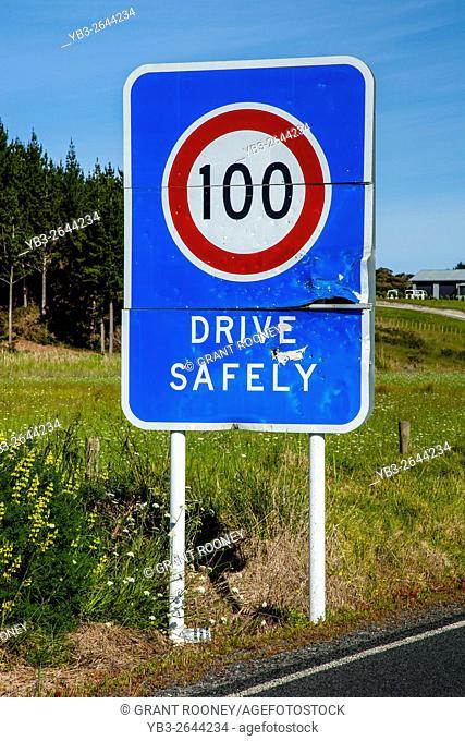 Roadside Sign, Waipu Cove, Waipu, Northland, New Zealand