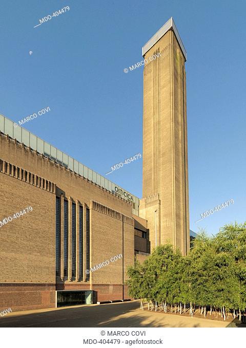 Tate Modern, by Herzog & de Meuron , Scott George Gilbert, 1995 - 2000, 20th Century, steel and reinforced concrete. Great Britain, London, Tate Modern