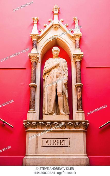 England, Devon, Exeter, Royal Albert Memorial Museum and Art Gallery aka RAMM, Entrance Way Statue of Prince Albert