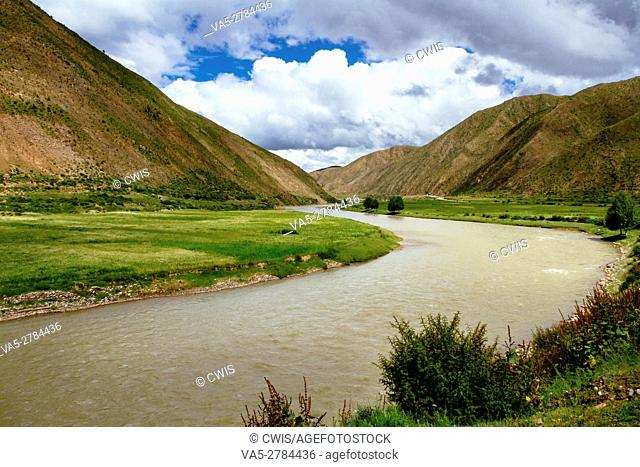 The view of the beautiful river in the outdoor of Tibet