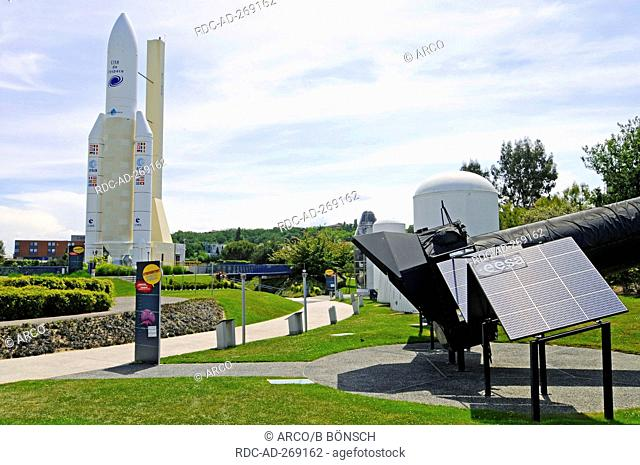 Ariane 5 mock-up, theme park, Cite de l\'Espace, Museum of Technology, Toulouse, Department Haute-Garonne, Midi-Pyrenees, France / City of Space