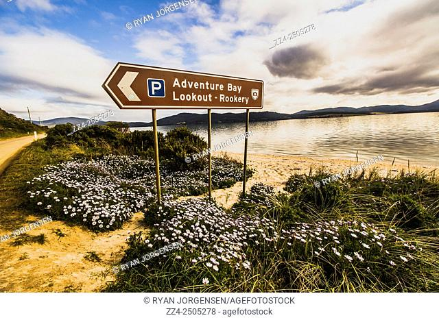 Landmark sign pointing in the direction of the Adventure Bay Lookout over Neck Beach. Tourism points of interest, Bruny Island, Tasmania, Australia