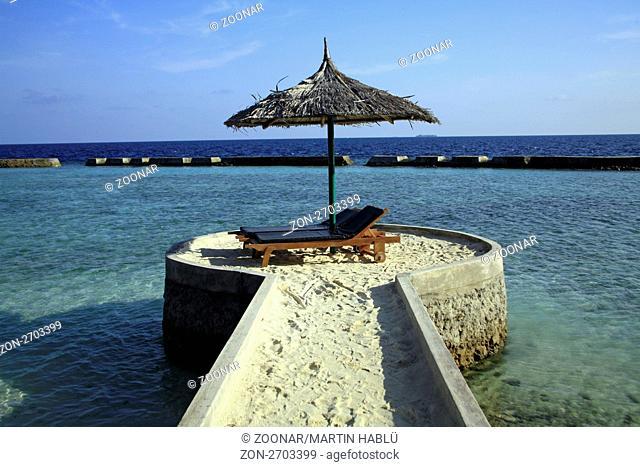 Strandbereich der Malediveninsel Ellaidhoo, Ari-Atoll, Malediven, Indischer Ozean, Beach of Ellaidhoo, Ari-Atoll, Maldives, Indian Ocean
