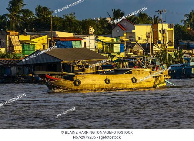 Can Tho is a city in southern Vietnamâ. . s Mekong Delta region. Set on the southern bank of the Hau River, itâ. . s known for its canal network and nearby...