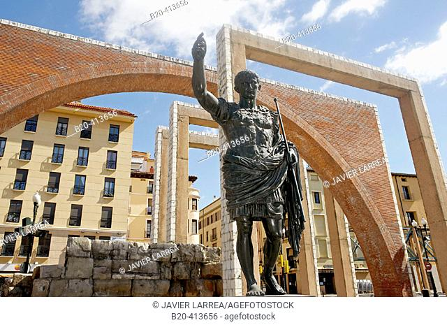 Statue of Caesar Augustus and Roman walls, Zaragoza. Aragón, Spain