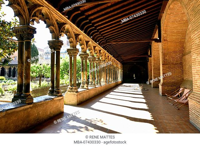 France, Haute Garonne, Toulouse, Augustins museum in the former Augustins convent, the cloister