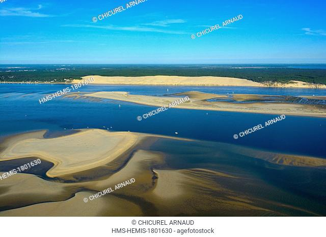 France, Gironde, Bassin d'Arcachon, La Teste de Buch, the Dune du Pyla (the Great Dune of Pyla) and Banc d'Arguin nature reserve