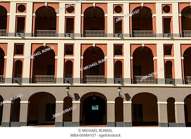 Ballaja Barracks - Museum of Americas highlights colorful folk art, Unesco world heritage sight the old town of San Juan, Puerto Rico, Caribbean