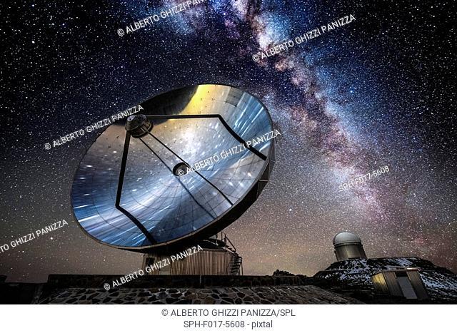 Swedish antenna at the La Silla ESO observatory, Chile