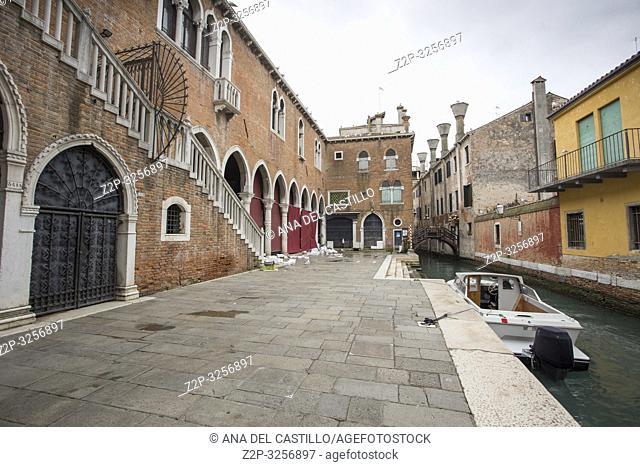 Venice, Veneto, Italy : View of Rialto market, the fish market