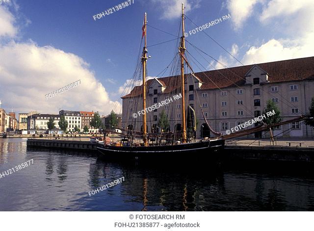 Copenhagen, Denmark, Scandinavia, Sjaelland, Europe, Tall ship along the canal in the scenic city of Copenhagen