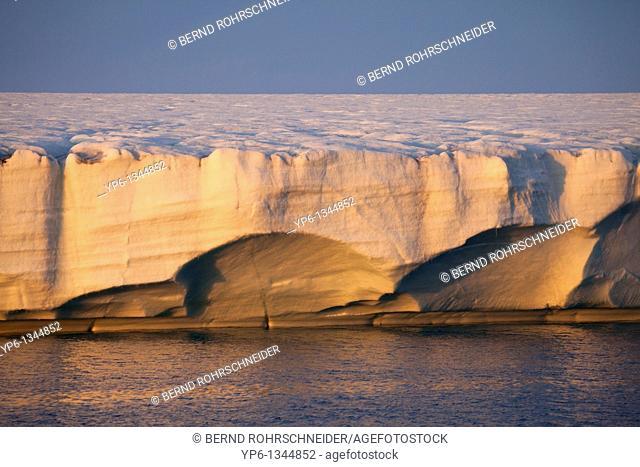 glacier Brasvellbreen in sunset light, Nordaustlandet, Svalbard