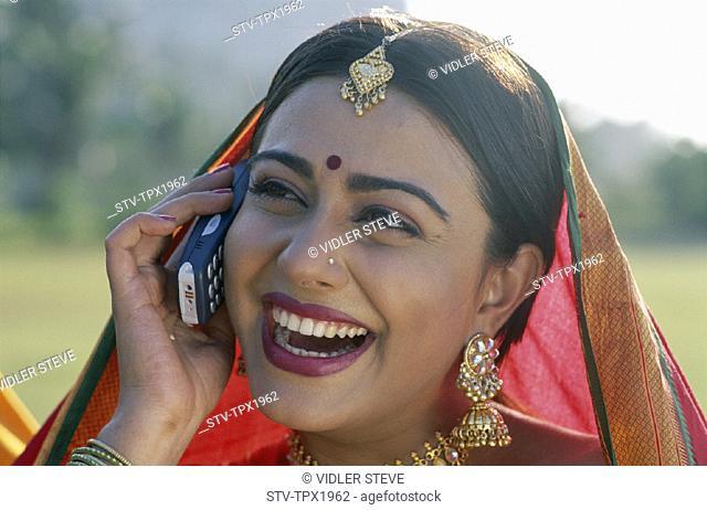 Bombay, Holiday, India, Asia, Landmark, Maharastra, Mobile phone, Model, Mumbai, Portrait, Released, Sari, Talking, Tourism, Tra