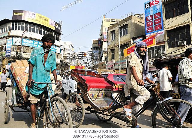 Busy trafic in Old Delhi, Delhi India