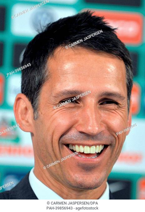 Werder's managing director Thomas Eichin gives a press conference at Weserstadium in Bremen, Germany, 28 May 2013. Robin Dutt was presented as the new head...
