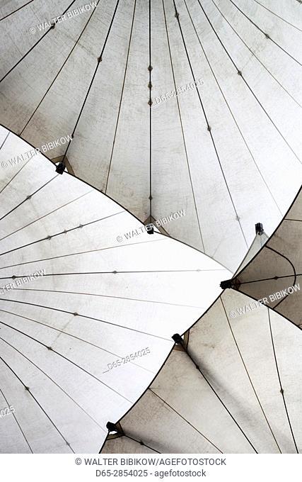 Ireland, Dublin, Temple Bar area, large umbrellas outside the Dublin Photographic Archive