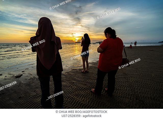 Sunset in Tanjung Aru, Kota Kinabalu, Sabah, Malaysia