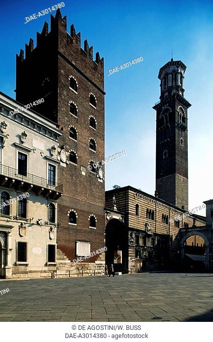 Piazza dei Signori with the Cansignorio Palace, the keep, the Palazzo della Ragione and the Lamberti tower (UNESCO World Heritage List, 2000), Veneto, Italy