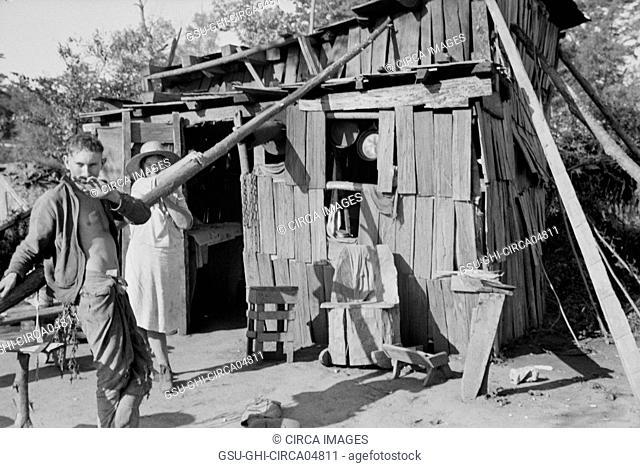Squatter's Camp, Route 70, Arkansas, USA, Ben Shahn for U.S. Resettlement Administration, October 1935