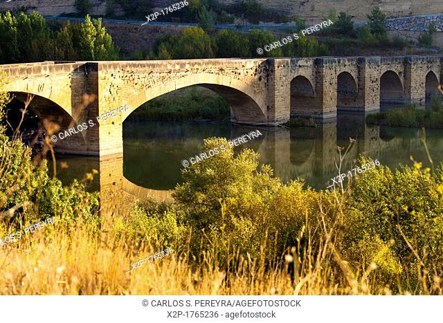 Medieval Bridge of San Vicente de la Sonsierra, Ebro river, La Rioja, Spain