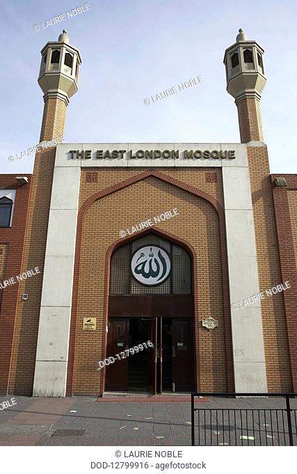 England, London, Whitechapel, Main entrance of East London Mosque