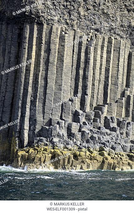 UK, Scotland, Argyll and Bute, basalt columns on Staffa island